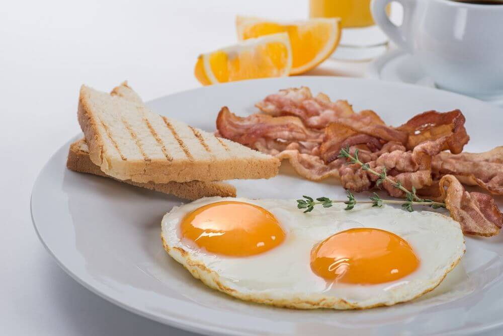 bacon and eggs protein help hangover remedy